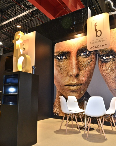 Targi-Beauty-Forum-Warszawa-stoisko-Fashion-Brows